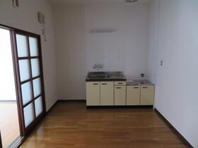 https://image.rentersnet.jp/bdabdfa7-8d9d-4394-b10a-d0f7ef62c515_property_picture_959_large.jpg_cap_キッチン