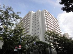 https://image.rentersnet.jp/bdd2b06254e974f1615e081300639409_property_picture_2418_large.jpg_cap_分譲タイプのマンションです!