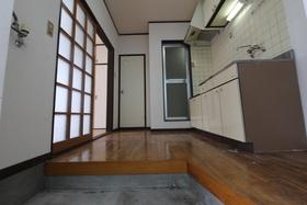 https://image.rentersnet.jp/be1ecfb6-4fbc-4a5b-ba27-eb9e2d7cbcce_property_picture_958_large.jpg_cap_玄関