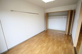 https://image.rentersnet.jp/be321079-e2bc-4bb4-9ae5-fe4415739f05_property_picture_2988_large.jpg_cap_居室