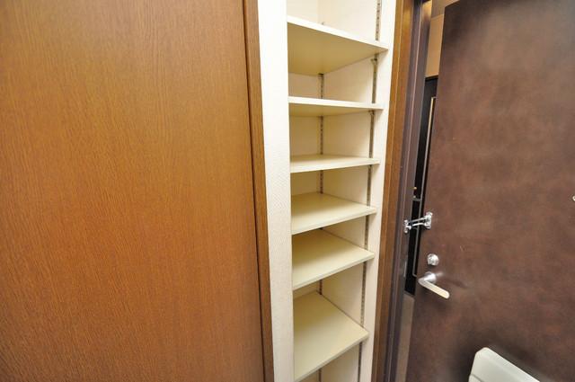 グランドール永和 コンパクトながら収納スペースもちゃんとありますよ。
