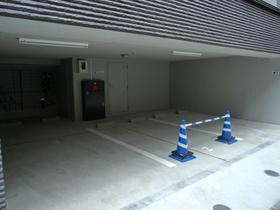 スカイコート板橋本町II駐車場