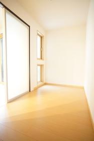 https://image.rentersnet.jp/bea6860e-9d0b-428c-9062-7c31b0782798_property_picture_3276_large.jpg_cap_居室