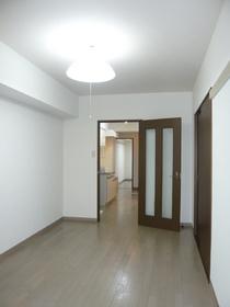 ルミエール 102号室