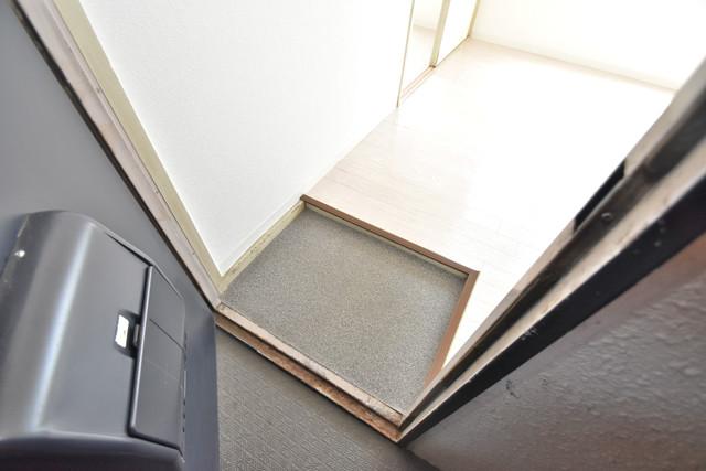 ロイヤルハイツ深江南 素敵な玄関は毎朝あなたを元気に送りだしてくれますよ。