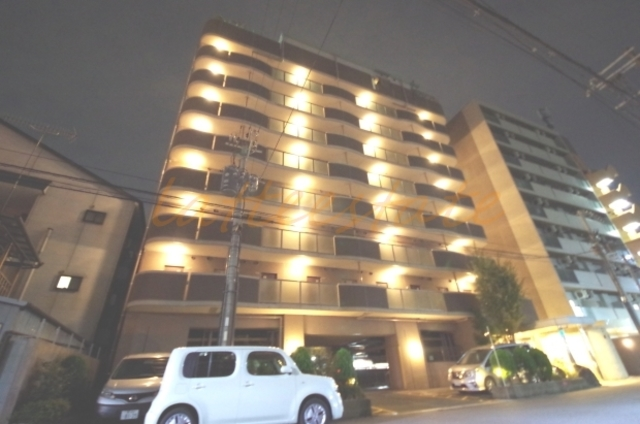 大阪市城東区中央1丁目の賃貸マンションの外観