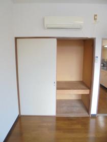 https://image.rentersnet.jp/bf3ffe3a-5e6a-4661-95e9-f3cd1ed347ea_property_picture_3186_large.jpg_cap_設備