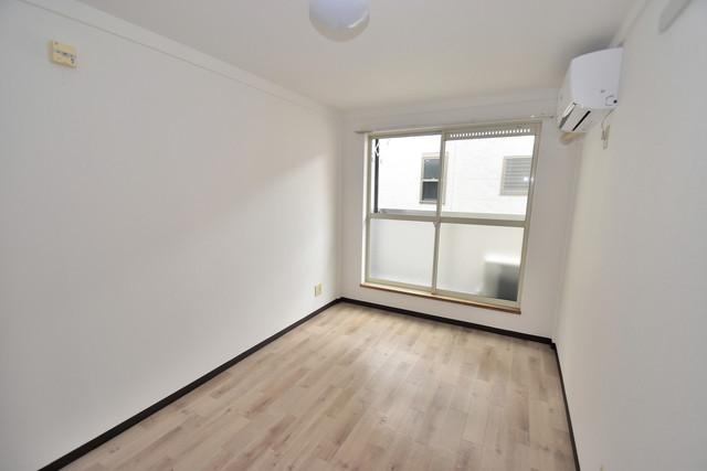 シティーコア高井田Ⅰ 朝には心地よい光が差し込む、このお部屋でお休みください。