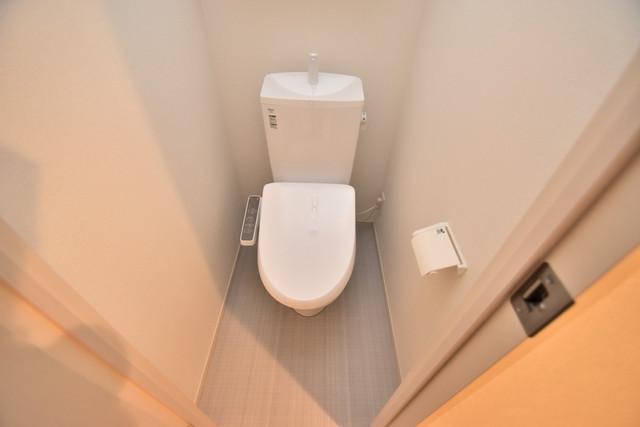 リブリ・布施 清潔感のある爽やかなトイレ。誰もがリラックスできる空間です。