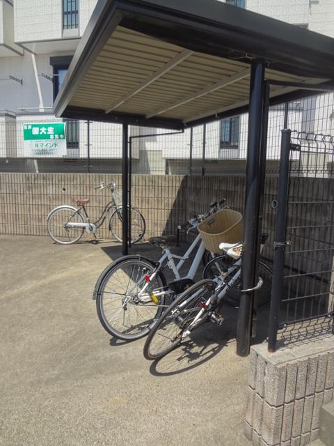 ベルカーサⅡ駐車場