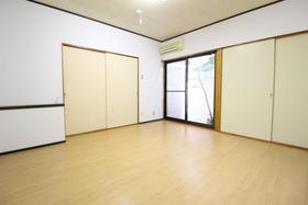https://image.rentersnet.jp/c02103d7-fa6f-40d8-97e8-a3e708bd2f36_property_picture_958_large.jpg_cap_居室