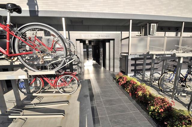 エグゼ大阪城東 素敵なエントランスがあなたを毎日出迎えてくれます。