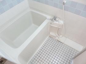 清潔感あるお風呂です☆