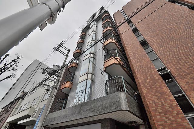 グローリア高井田 一目惚れしてしまうくらい素敵なマンションですね。