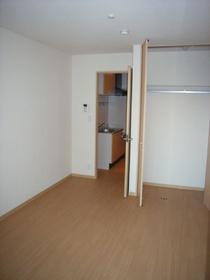 グランベルドール 301号室