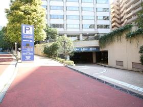 赤坂溜池タワーレジデンス駐車場