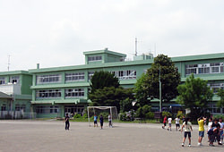 アヴニール[周辺施設]小学校