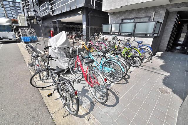 大宝長田ル・グラン 敷地内には専用の駐輪スペースもあります。