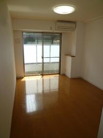 サンパティオサンアイパート1 103号室