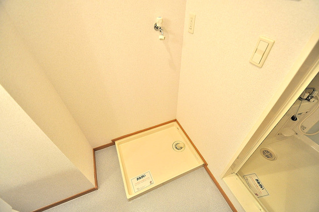 コンフォート・R 嬉しい室内洗濯機置場。これで洗濯機も長持ちしますね。