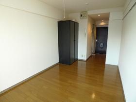 司ビルディング 606号室