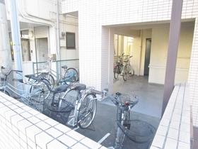 モナークマンション海老名壱番館駐車場