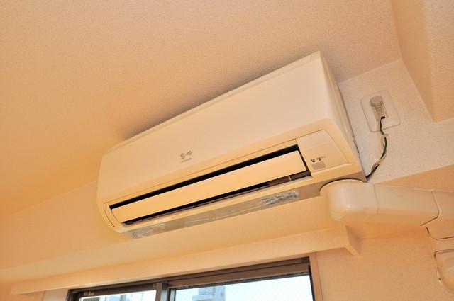 八戸ノ里HIROビル 最初からエアコンが付いているなんてお得ですね