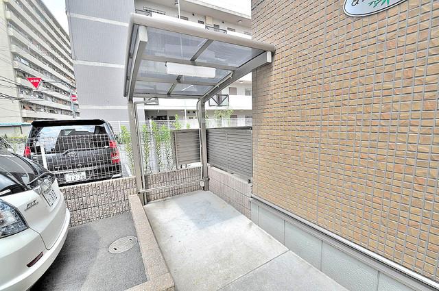 エルメゾン清里 1階には駐輪場があります。屋内なので、雨の日も安心ですね。