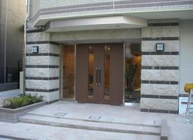 荻窪駅 徒歩9分エントランス