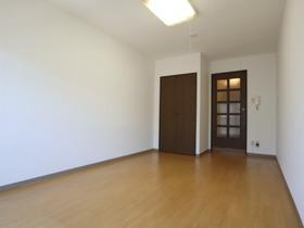 https://image.rentersnet.jp/c1be72ea-200e-4d5b-ac01-6d00ac949740_property_picture_955_large.jpg_cap_居室