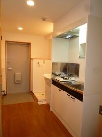 ファミーユ 303号室
