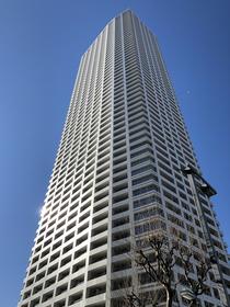 ザ・パークハウス西新宿タワー60外観