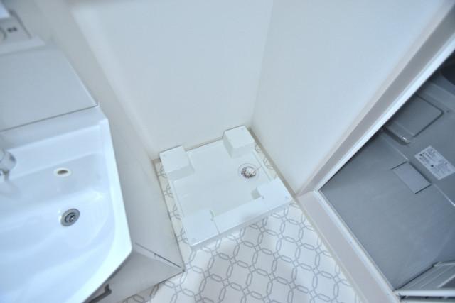 クリエオーレ高井田西 室内に洗濯機置き場があれば雨の日でも安心ですね。