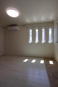 フィオーレ.D 102号室