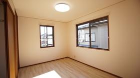 https://image.rentersnet.jp/c281331f-d3c4-4231-91db-ed534844f469_property_picture_9494_large.jpg_cap_居室