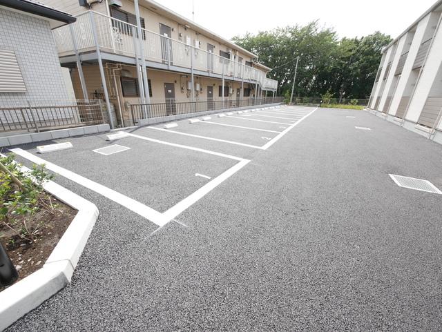 クレイノサンライト緑ヶ丘駐車場