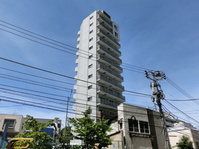 ドルチェ東新宿の外観