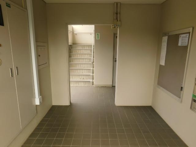 愛甲石田駅 徒歩10分エントランス