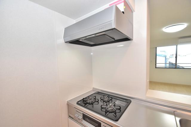 リジエールⅡ オシャレなシステムキッチン。お料理好きには嬉しいですね。