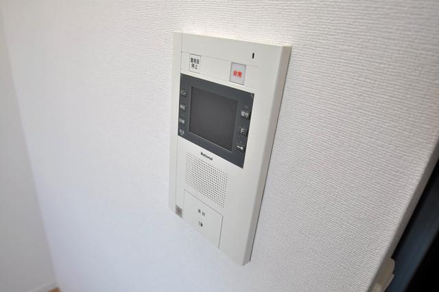 CASSIA高井田NorthCourt TVモニターホンは必須ですね。扉は誰か確認してから開けて下さいね