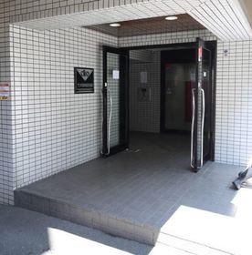 クリオ阪東橋壱番館エントランス