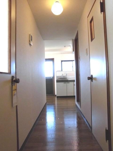 カサベルダ三ツ境居室
