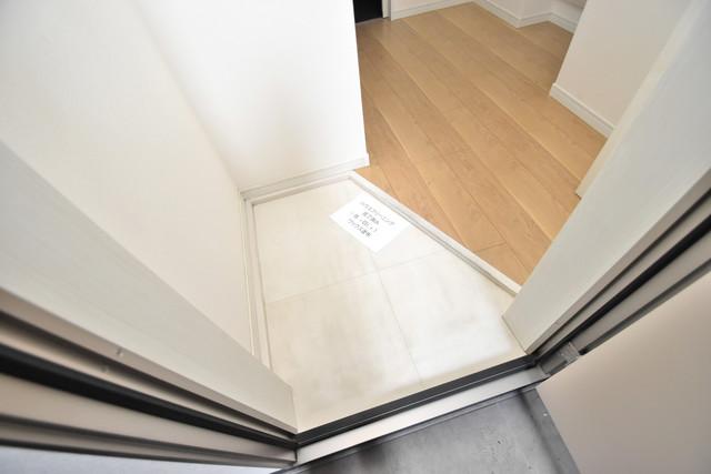 プログレス長瀬 玄関を開けると解放感のある空間がひろがりますよ。