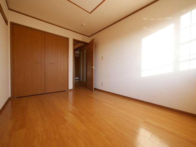 カーサソレアードA居室