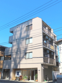 コート・オダマキの外観画像