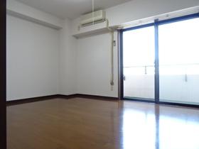 https://image.rentersnet.jp/c4e7cd4c3097d48365d3608f42faea56_property_picture_2418_large.jpg_cap_広々♪