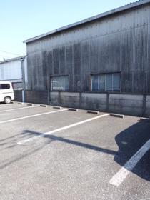 マリンブルーハイツⅡ駐車場