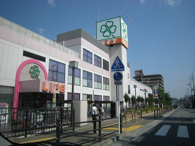 ファミリーマート箕面稲店