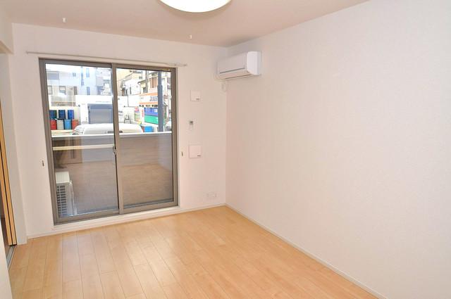 カーサプラシード 明るいお部屋はゆったりとしていて、心地よい空間です