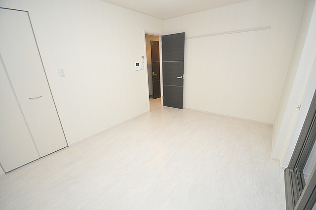 メゾンサンヴァレー 明るいお部屋はゆったりとしていて、心地よい空間です